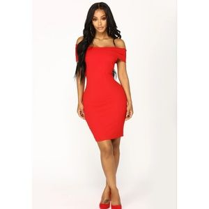 Red off the shoulder sexy dress